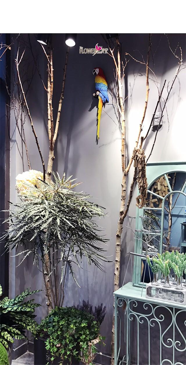 作为花店产品展示的漂亮背景 让拍照合影更好看 店内的摆设品太好看